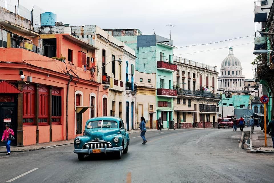 ¿Por qué se escribe Habana con B y no con V?