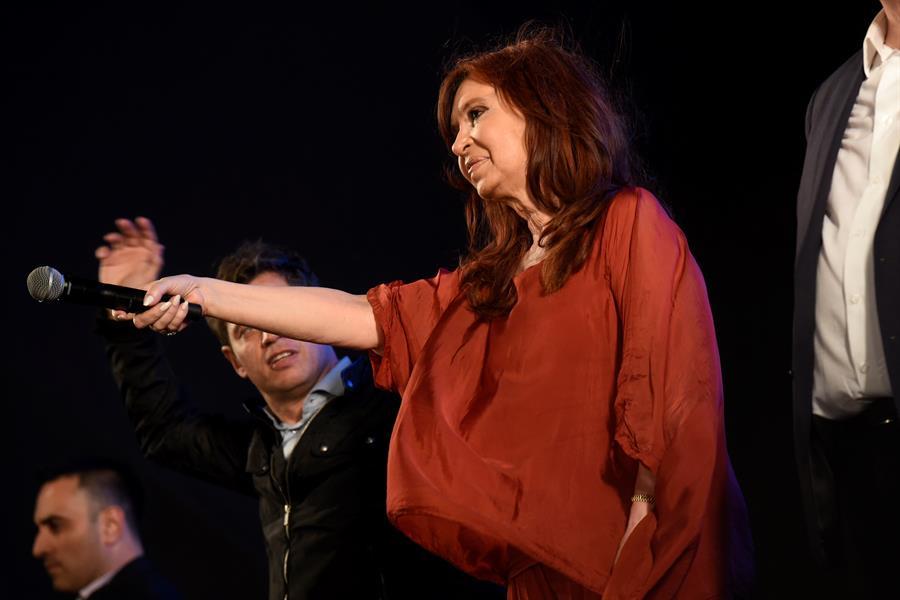 La exmandataria y vicepresidenta electa de Argentina Cristina Fernández quiere viajar a Cuba