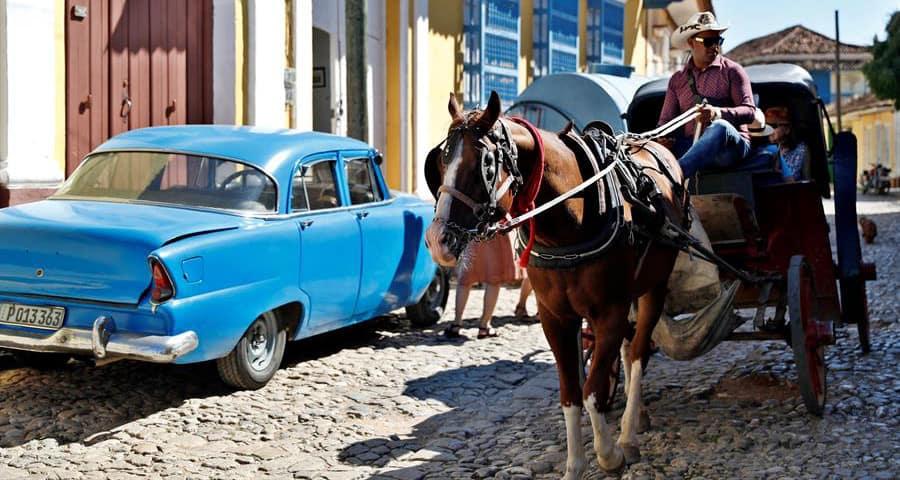 Cuba encuentra los turistas en casa en tiempos de crisis.