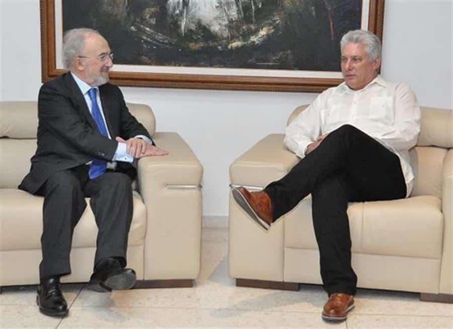 Díaz-Canel se reúne en La Habana con el director de la RAE