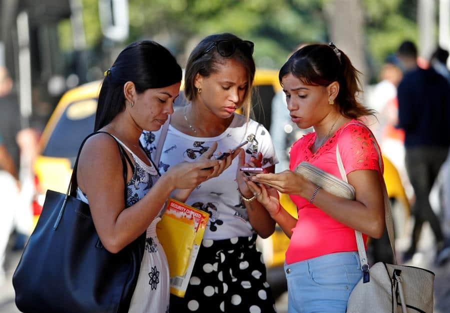 Internet en Cuba llega a más de 7 millones de usuarios en 2019