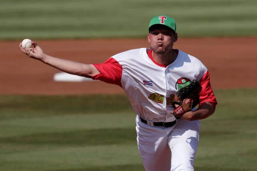 Cuba presenta selección de béisbol de cara al preolímpico de Arizona