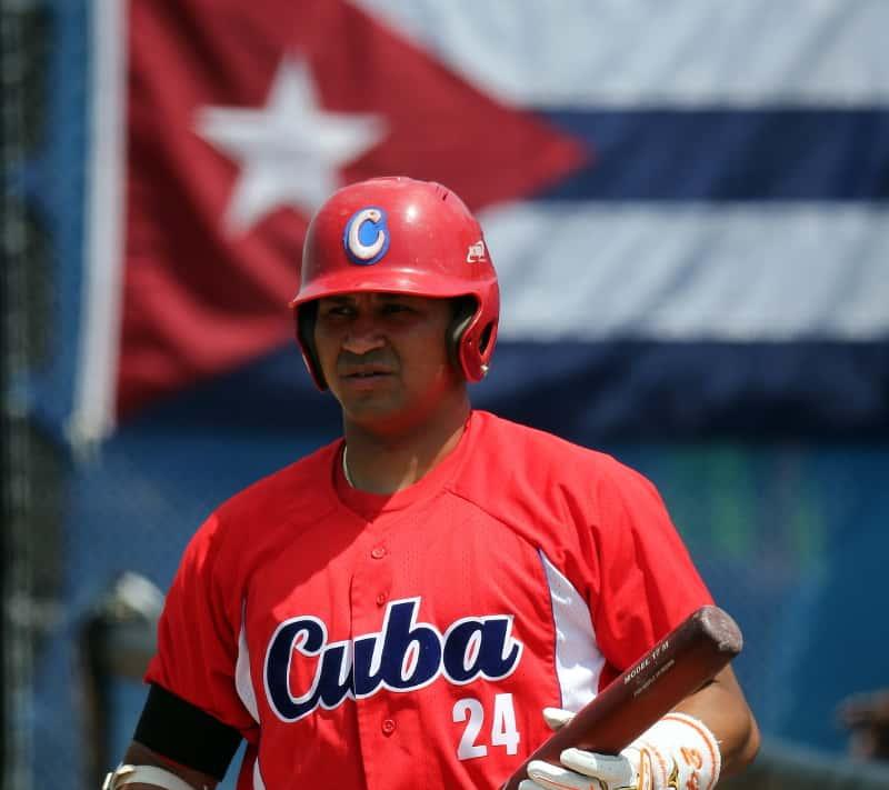 Cuba abandera su equipo de béisbol al torneo preolímpico de Arizona