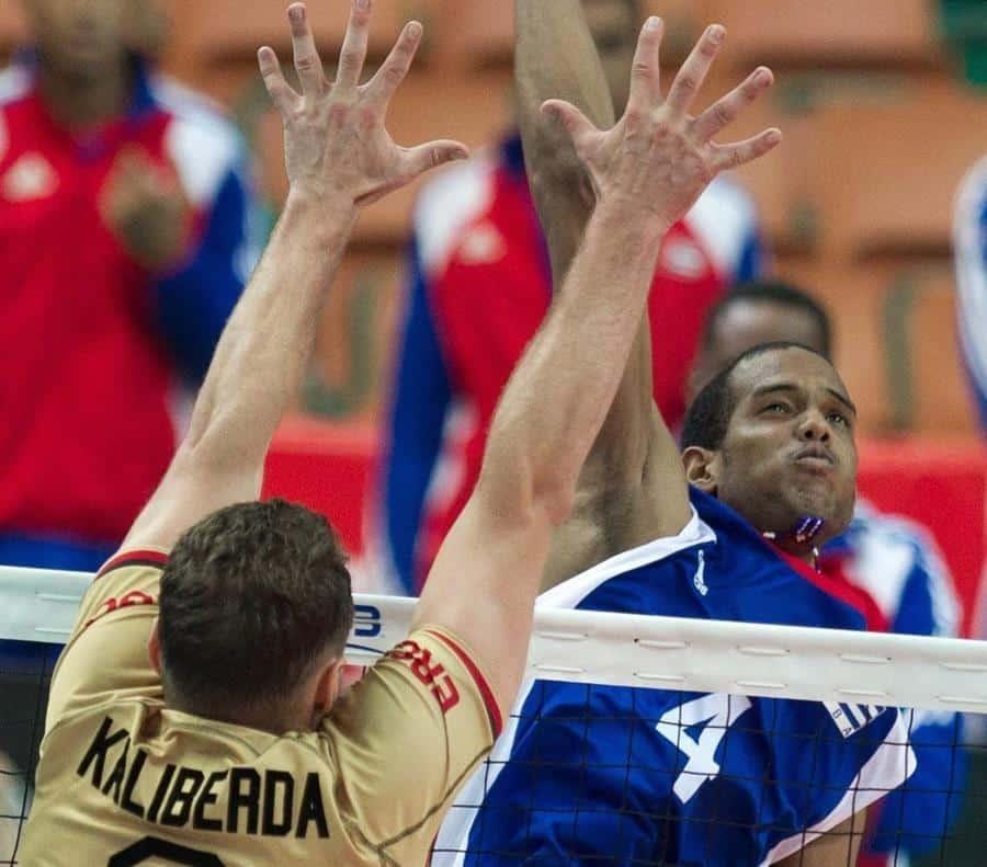 Voleibolista cubano en Estonia da positivo a COVID-19