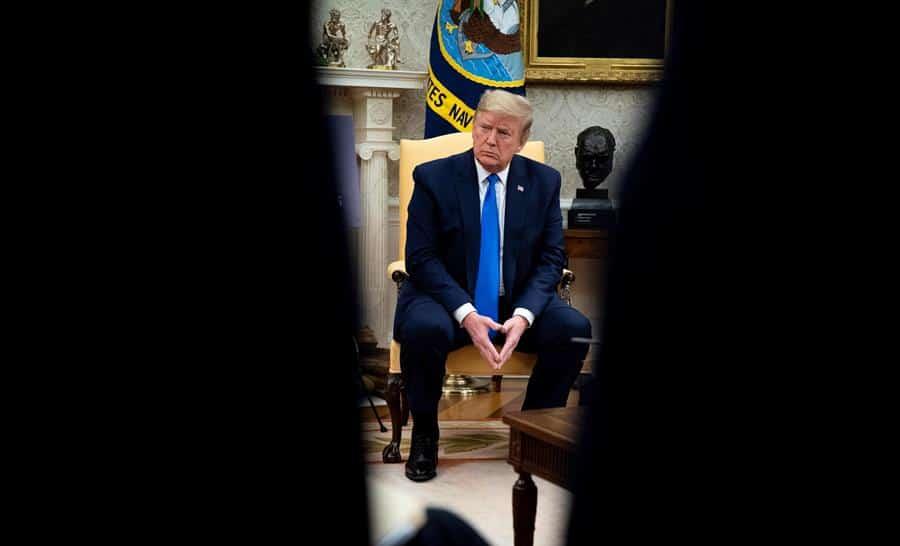 Trump da negativo a SARS-CoV-2 tras contagio de un asistente