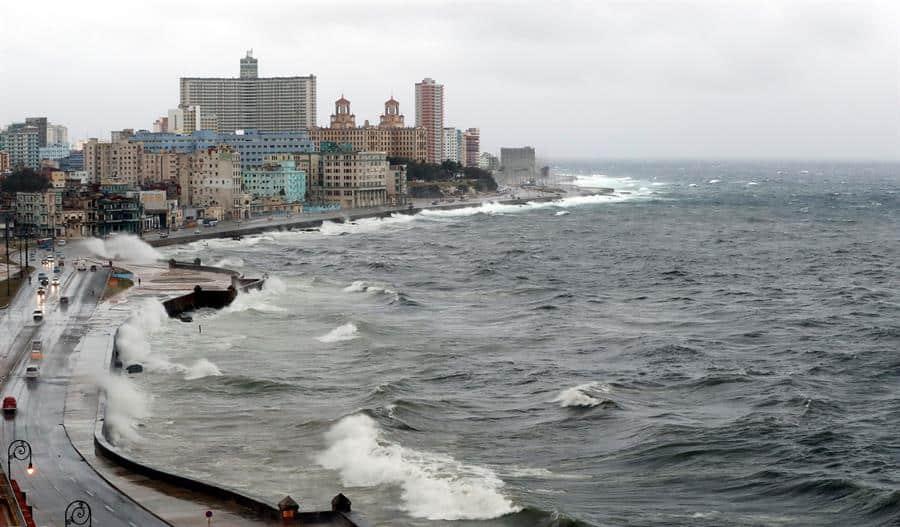 Cobrarán a pilotos privados por sobrevolar territorio cubano