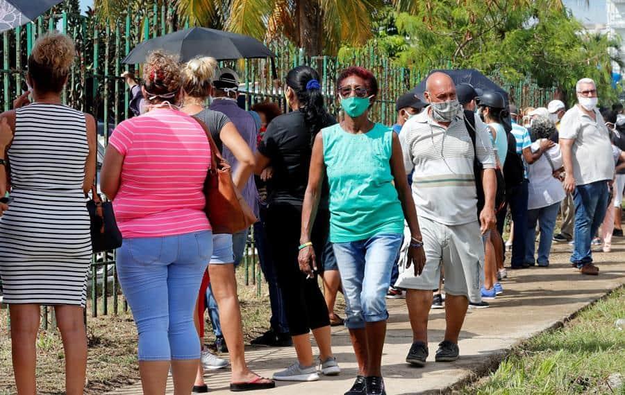 Cuba celebra en el primer día sin contagios por COVID-19