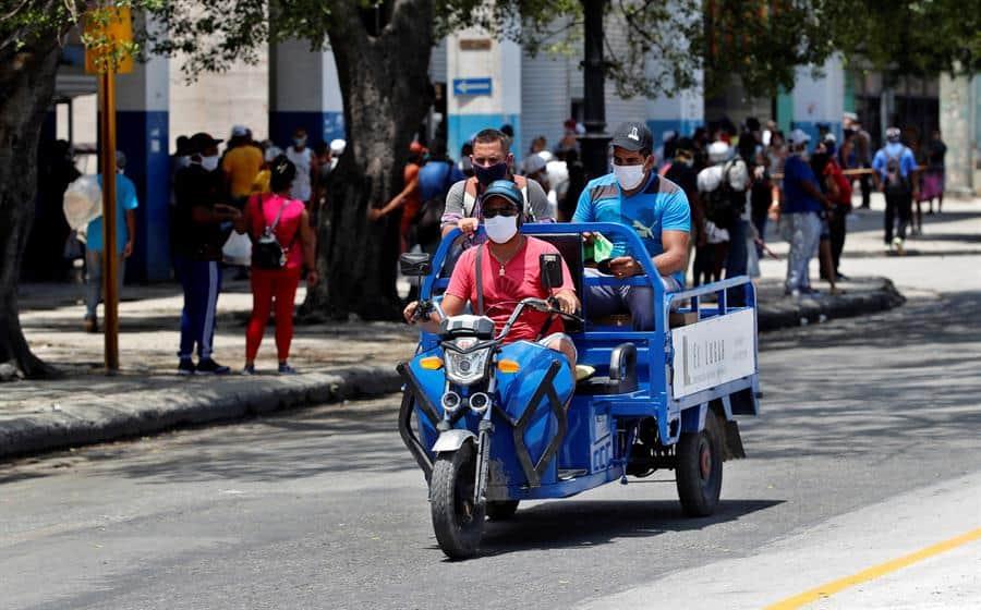 Cuba baja a 49 su cifra diaria de contagios de covid