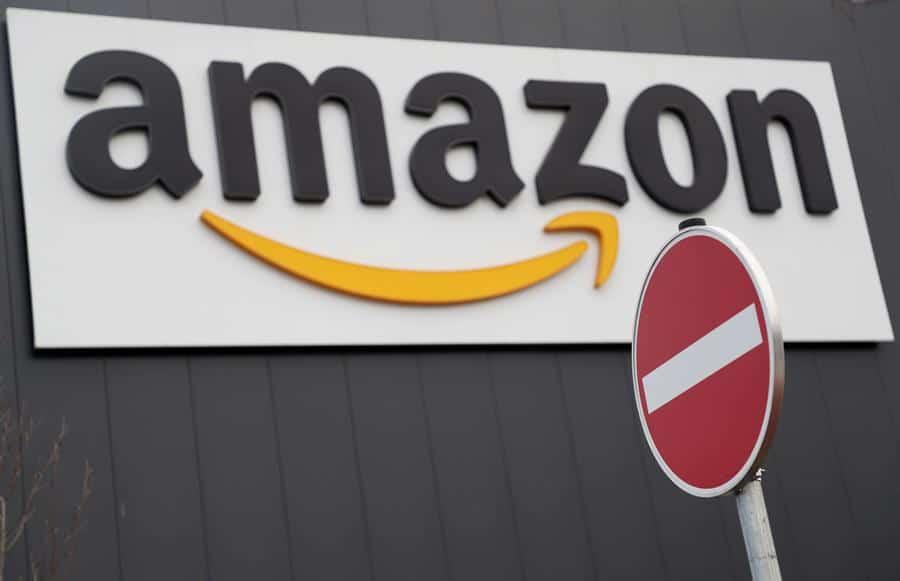 EE.UU. multa a Amazon por vender a la embajada cubana