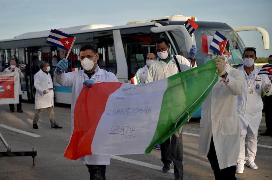 HRW pide a Gobiernos exigir a Cuba respetar derechos de médicos