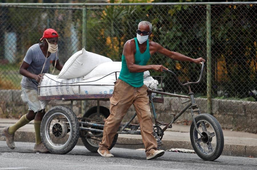 La Habana decreta toque de queda y endurece medidas ante rebrotes de COVID-19