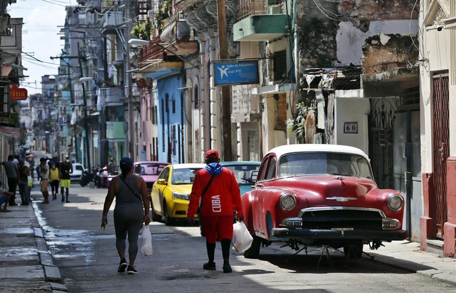 Cuba confirma otros 36 positivos diarios de COVID-19