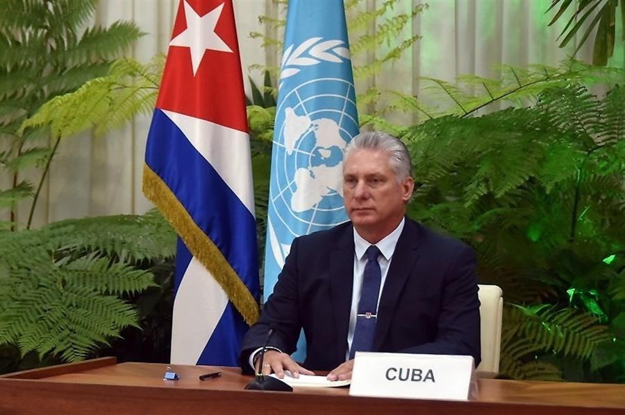Cuba pide respeto en la ONU por el trabajo de sus médicos