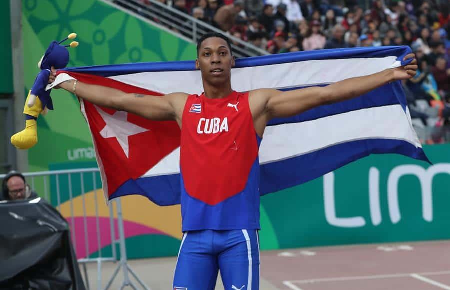 Deportistas preolímpicos se preparan fuera de La Habana