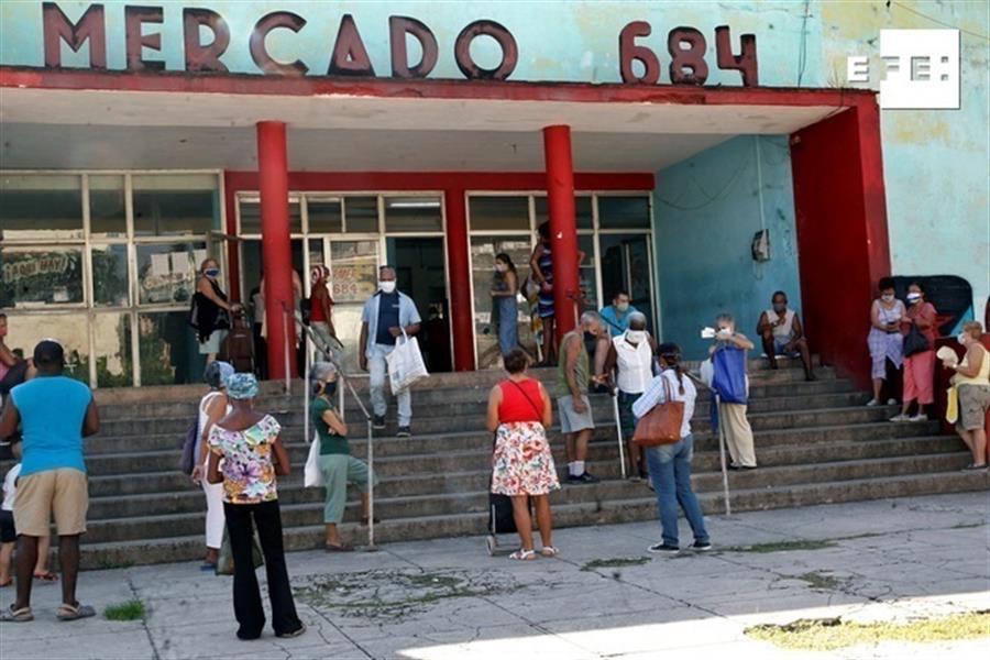 Aumentan a 56 los casos diarios de covid en Cuba tras la nueva normalidad