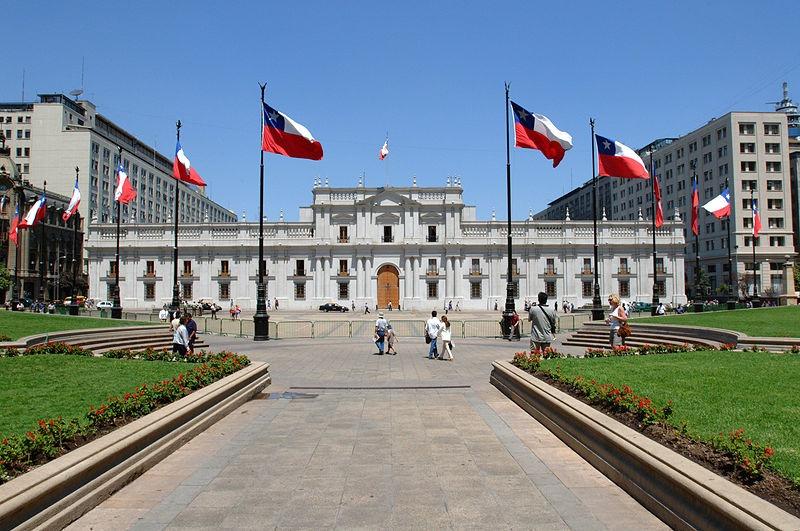 Chile aprueba redactar una nueva constitución