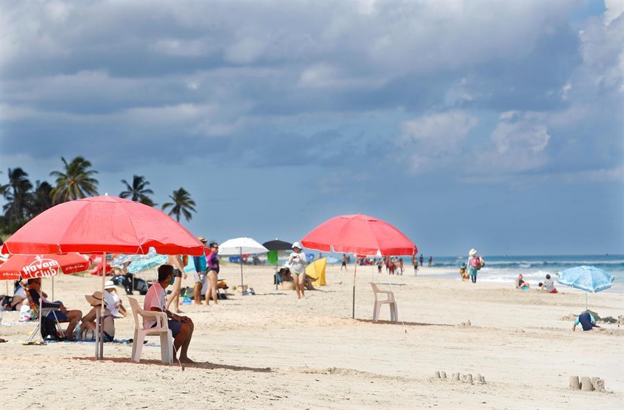 Cuba cierra la semana con un aumento de 30 contagios de la COVID-19