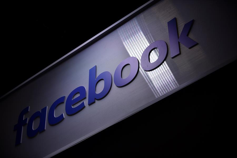 Facebook y Twitter eliminan redes falsas que buscaban influir en EE.UU. y Cuba