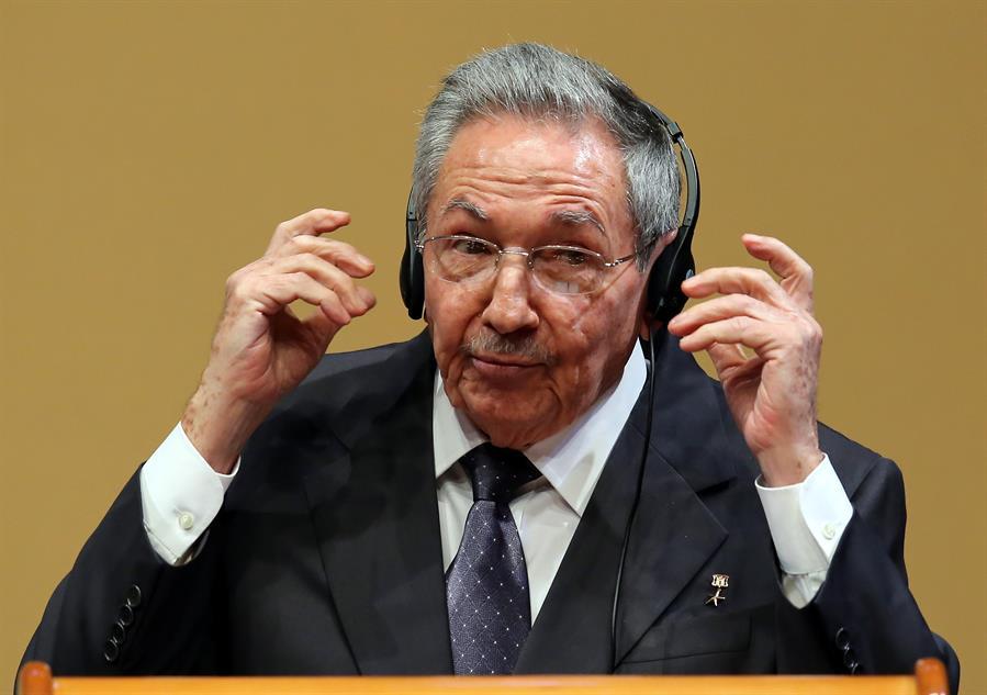 Raúl Castro encabezó reunión para preparar congreso del PCC