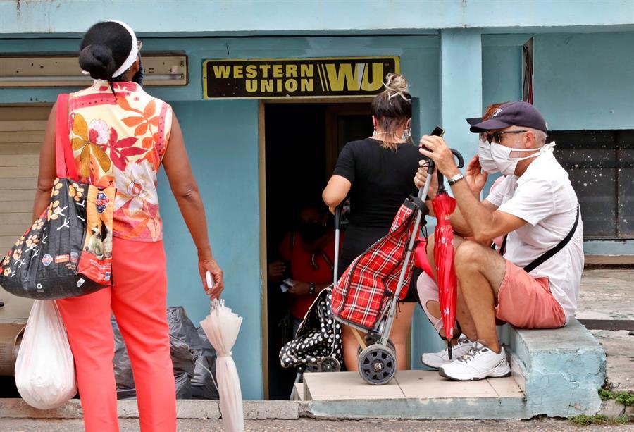 Western Union cerrará sus 407 sucursales en Cuba