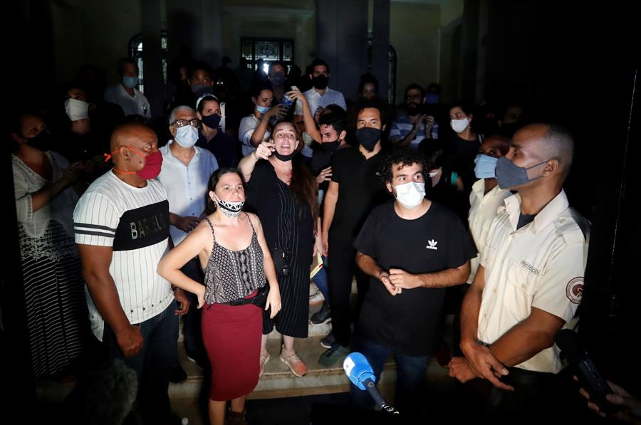Artistas cubanos esperan abrir diálogo con el Gobierno tras una inédita protesta