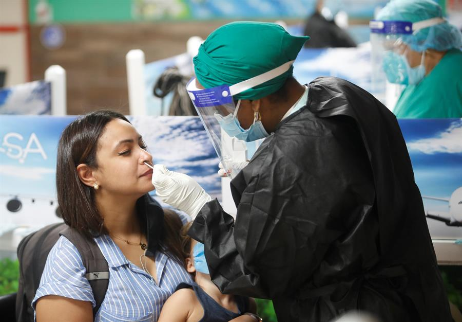 Cuba reporta 48 nuevos contagios de covid-19, la mayoría importados
