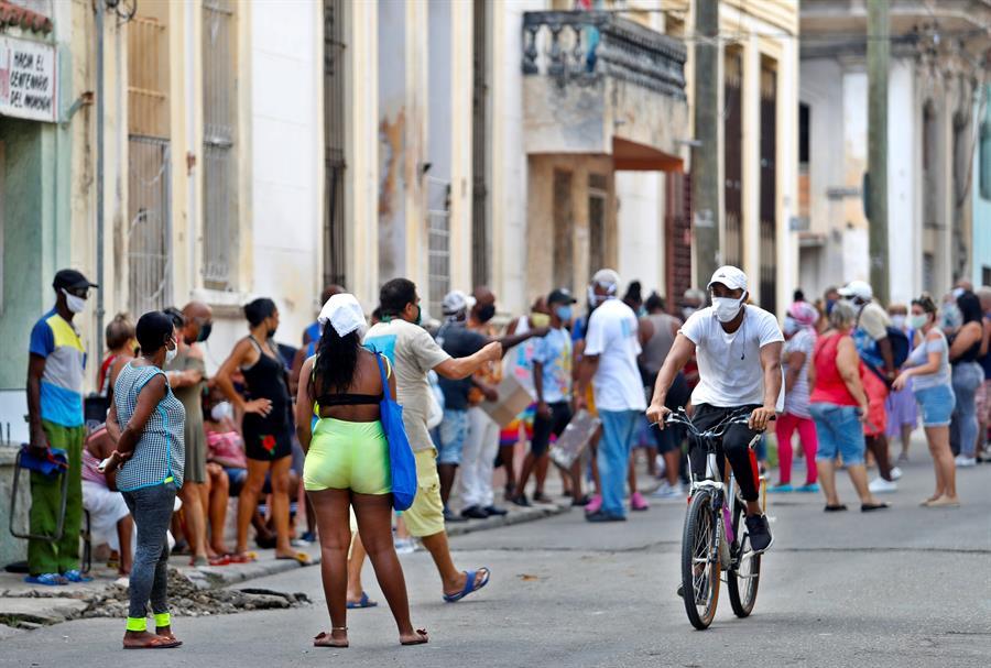 Cuba reporta 60 nuevos casos de COVID-19 y un fallecido