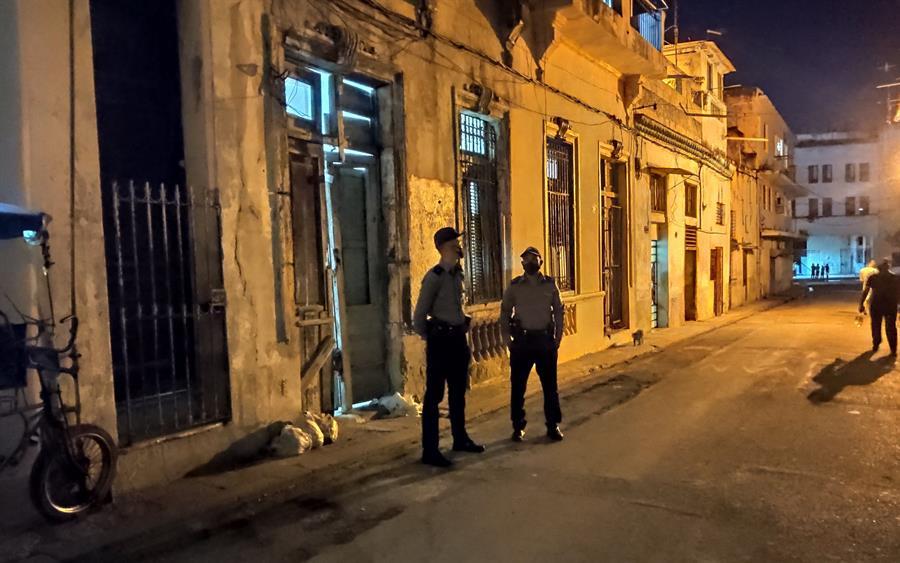 Desalojados a la fuerza opositores cubanos en huelga de hambre
