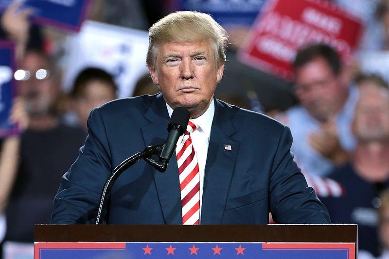 Donald Trump busca revertir las encuestas al final de la campaña