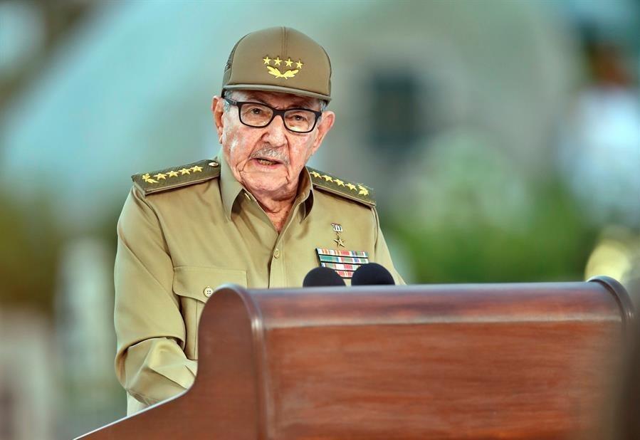 Raúl Castro lidera reunión del Partido Comunista sobre unificación monetaria
