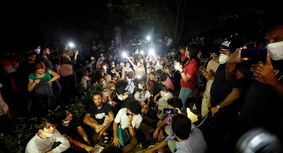 Artistas cubanos insisten en buscar el diálogo tras acusaciones del Gobierno