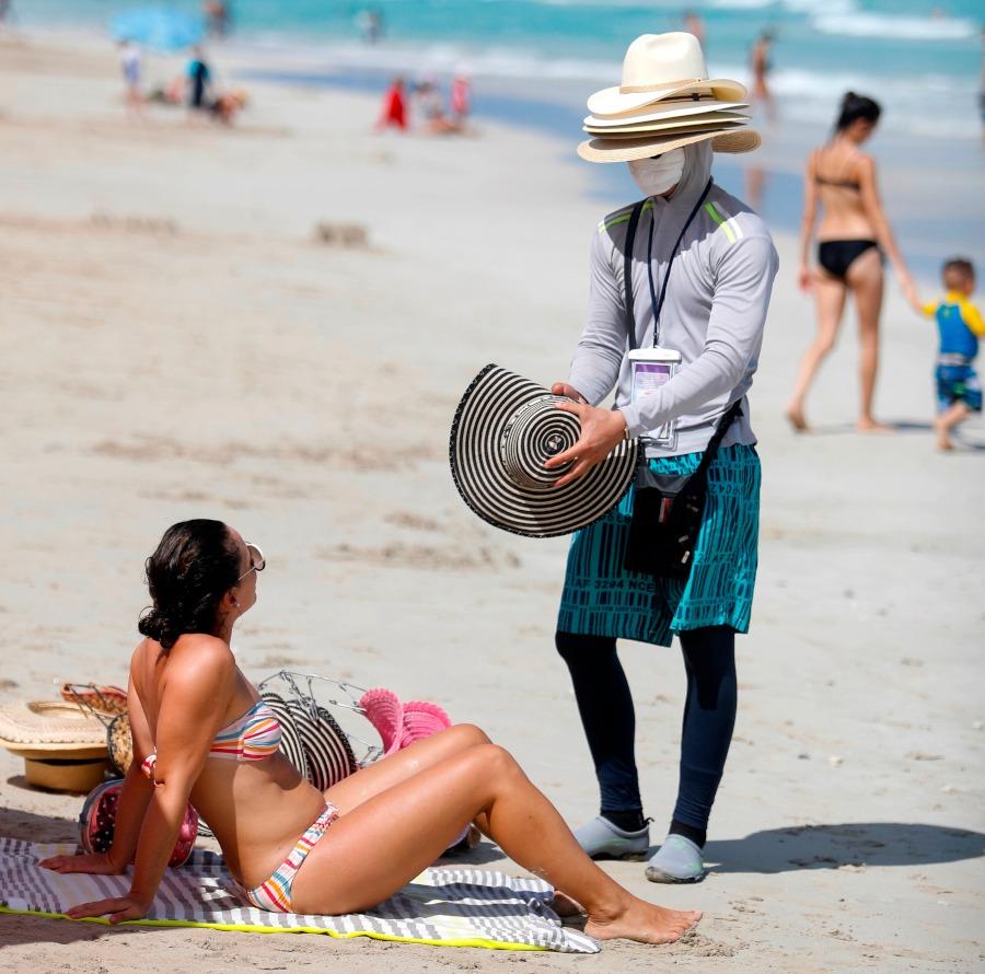 Cuba espera un alza en casos de covid-19 con aumento de viajeros por fin de año