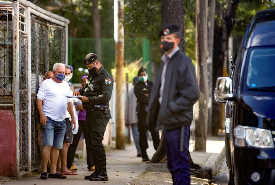 Tensión entre Gobierno cubano y artistas críticos