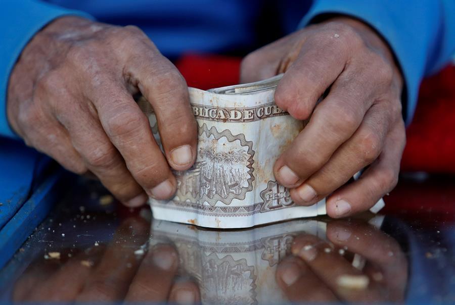 Cuba abre el 2021 marcado por el día cero de la reforma monetaria