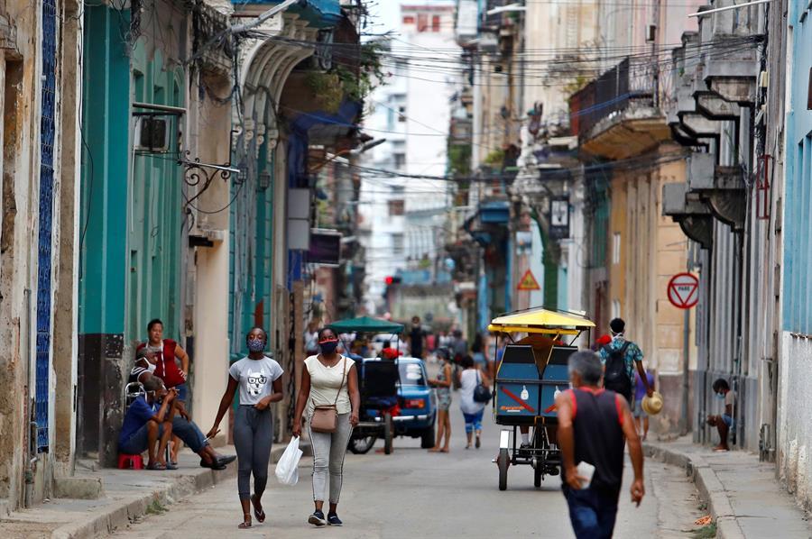 Cuba marca un nuevo máximo de casos activos de COVID-19
