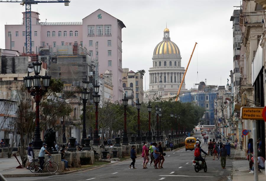 Cuba registra otros 330 casos diarios de coronavirus y dos fallecidos