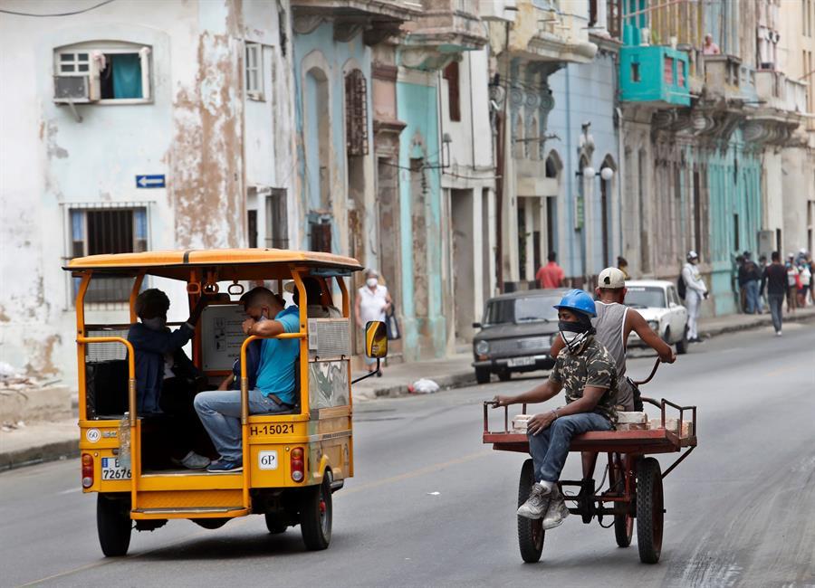 Cuba suma 505 casos de covid y reinstaura medidas de contención en La Habana