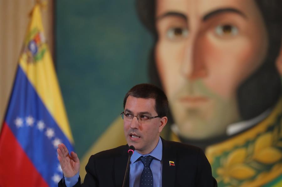 Venezuela rechaza designación de Cuba como patrocinador del terrorismo